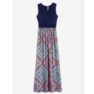 NWT Gilli Shay Maxi Dress